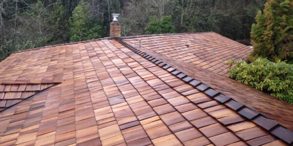 Reliance Roof Pros | Western Red Cedar Shakes
