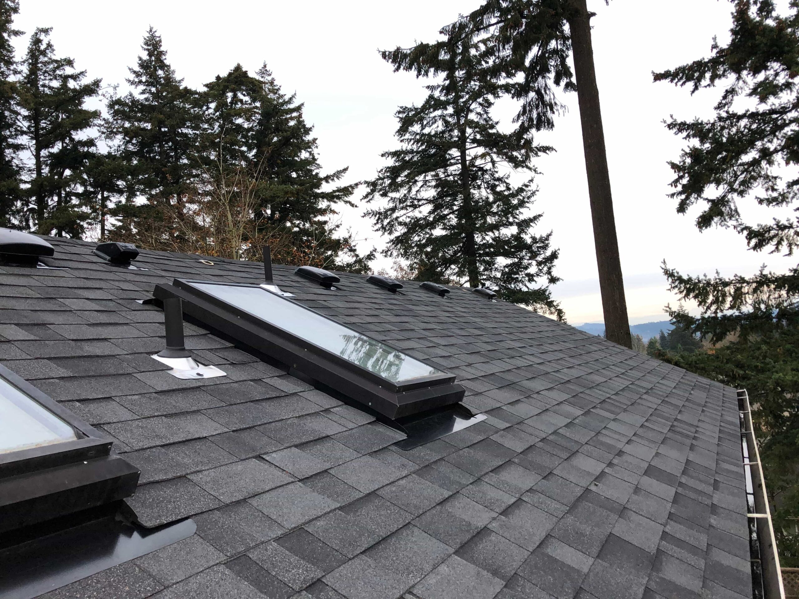 Reliance Roof Pros LLC | West Linn | New Roof | Backpan Flashing | Malarkey Vista AR | Midnight Black