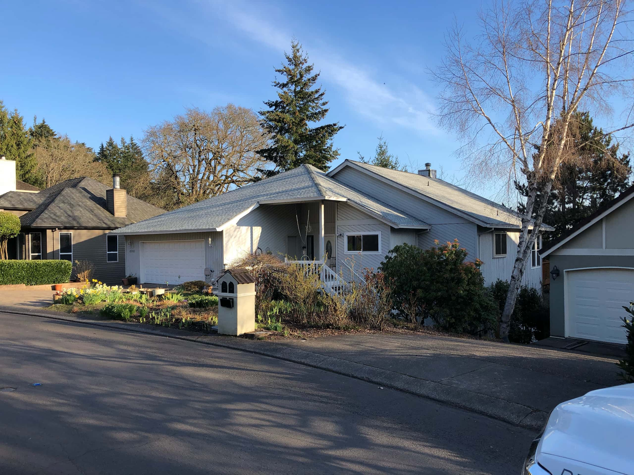 Reliance Roof Pros LLC | West Linn | New Roof | GAF Timberline HDZ | Birchwood | Front