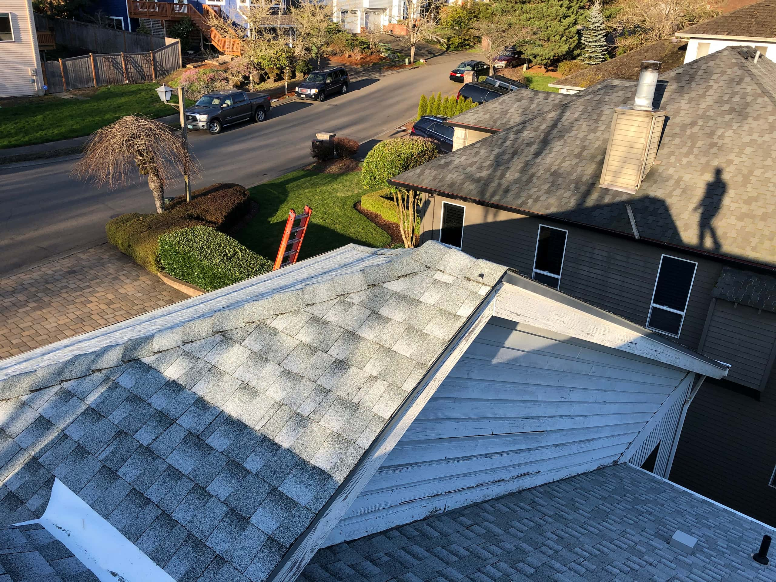Reliance Roof Pros LLC | West Linn | New Roof | GAF Timberline HDZ | Birchwood | Sideview